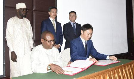 Signature de protocole d'accord relatif au projet «ICT talents» entre HUAWEI et ENASTIC